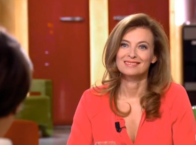 """Valérie Trierweiler : """"Ça m'arrive de passer l'aspirateur pour me détendre !"""""""