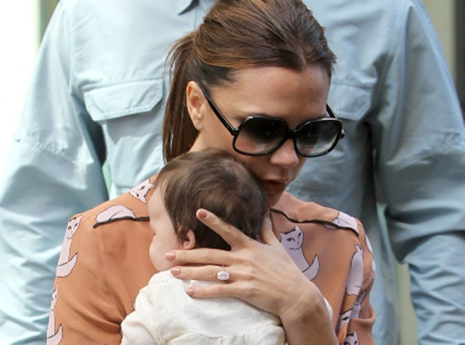 Victoria Beckham : sortie en famille et au stade avec la petite Harper !