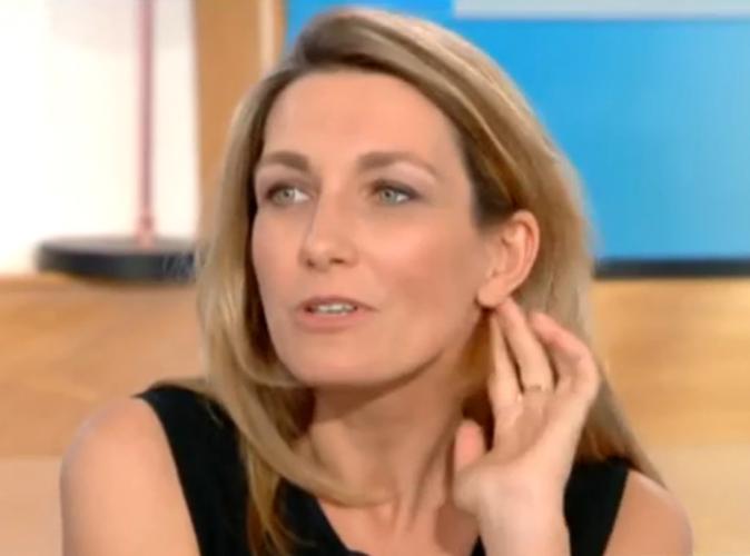 """Vidéo : Anne-Claire Coudray sexiste ? """"Il ne faut pas que je me lance dans l'humour"""""""