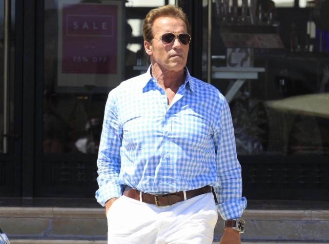 Vidéo : Arnold Schwarzenegger : il a tourné la page de son mariage... Et fricote désormais ouvertement en soirée !