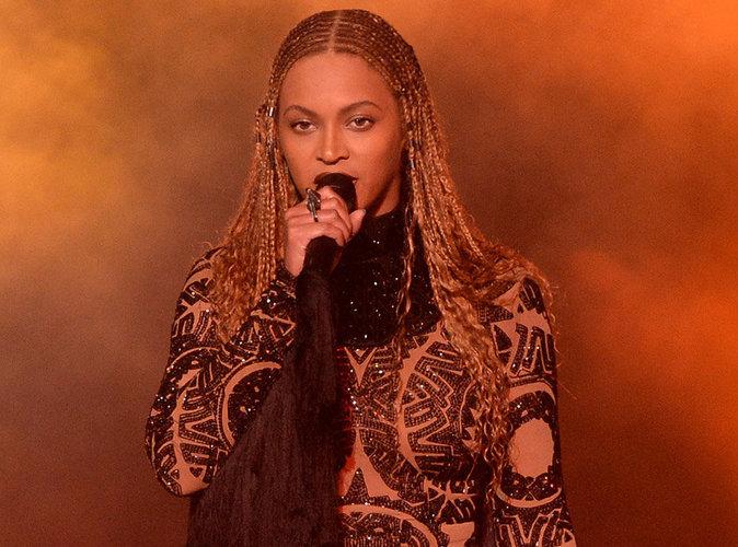 """Vidéo : Beyoncé s'engage contre les violences policières : """"Arrêtez de nous tuer"""" !"""
