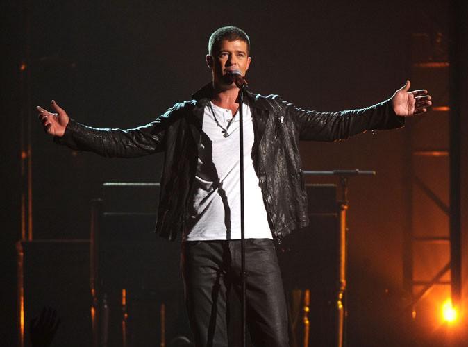 Billboard Music Awards 2014 : Robin Thicke : toujours accro à Paula Patton, il lui rend hommage en musique et sur scène !