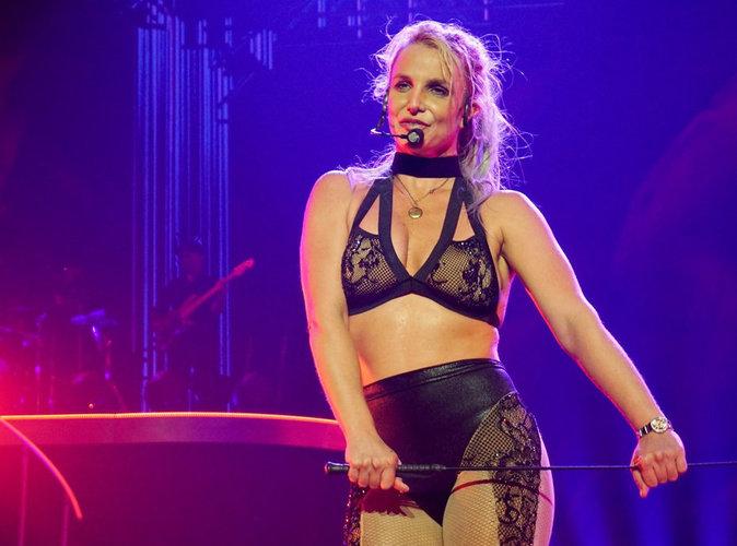 Vidéo : Britney Spears : craquage en plein concert !