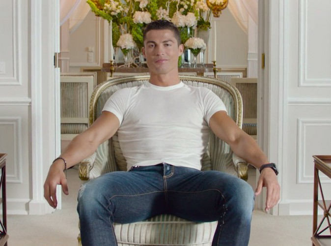 Vidéo : Cristiano Ronaldo a une offre à vous faire...