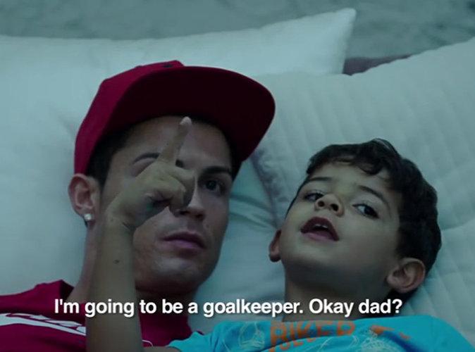 Vidéo : Cristiano Ronaldo : larmes, confessions... le footballeur comme vous ne l'avez jamais vu !