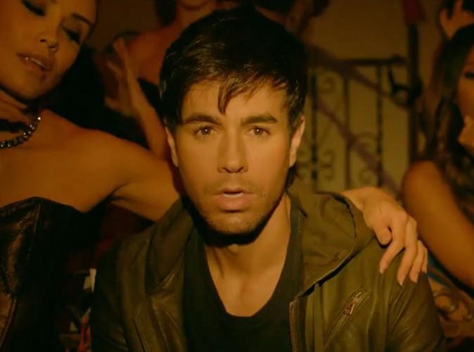 """Vidéo : Enrique Iglesias : il dévoile le teaser de son single """"I'm a Freak"""""""" avant la sortie le 17 mars de son prochain opus !"""