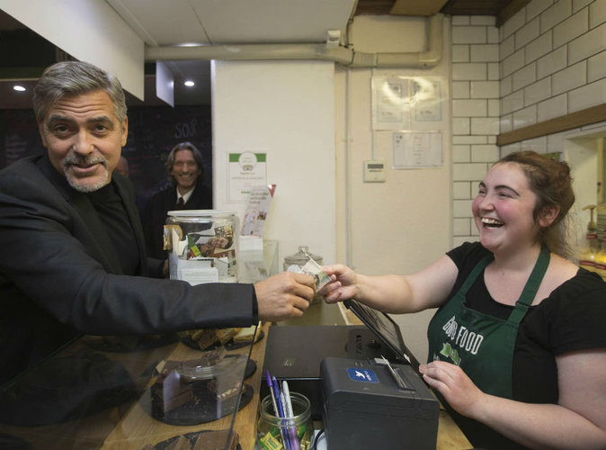 George Clooney : il vole au secours des sans-abris