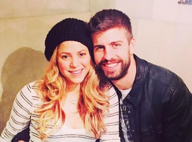 Gerard Piqu� a h�te de reprendre le championnat alors il shoote dans ... Shakira !