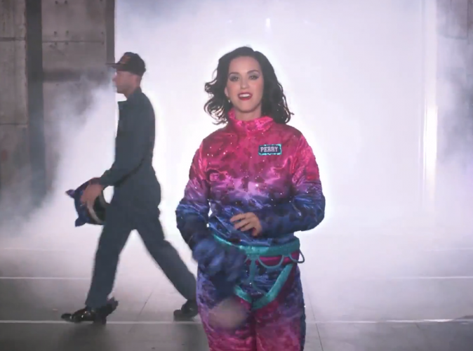 Katy Perry : elle d�voile les backstages de son show du Super Bowl !