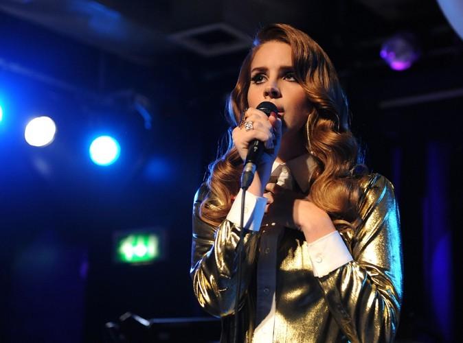 Exclu Public : Lana Del Rey : elle insère des images de Baptiste Giabiconi dans son clip…sans lui demander son avis !