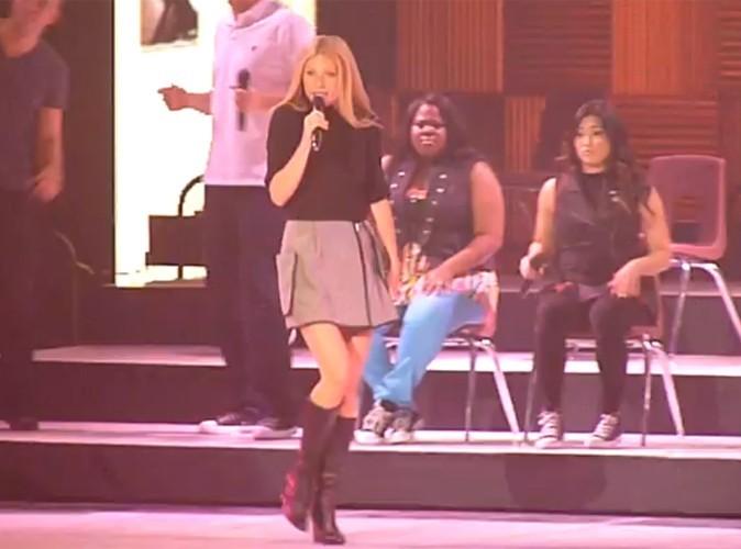 Gwyneth Paltrow : elle s'incruste sur scène avec les chanteurs de Glee !