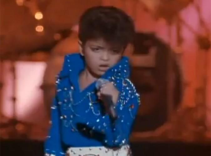 Vidéo Buzz : même enfant Bruno Mars chantait divinement bien!