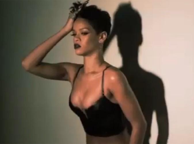 Vidéo Buzz : Rihanna : découvrez les coulisses sexy de son shooting !