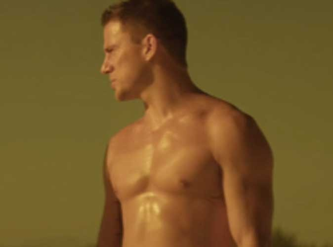 VIDEO : Channing Tatum, Alex Pettyfer et Matthew McConaughey dévoilent leurs abdos dans Magic Mike !