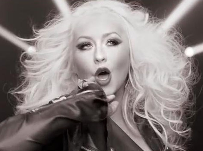 "Vidéo : Christina Aguilera : en mode big hair pour le clip de ""Feel This Moment"", son featuring avec Pitbull !"