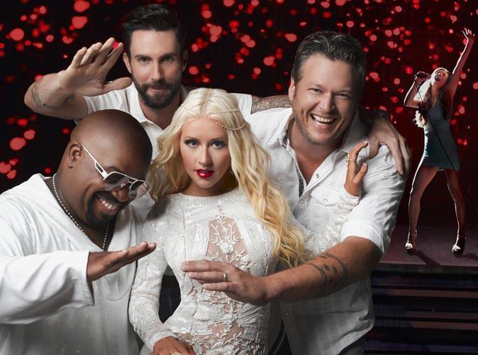 Vidéo : Christina Aguilera et ses partenaires du jury de The Voice ont mis le feu sur scène pour le premier prime de la saison 5 !