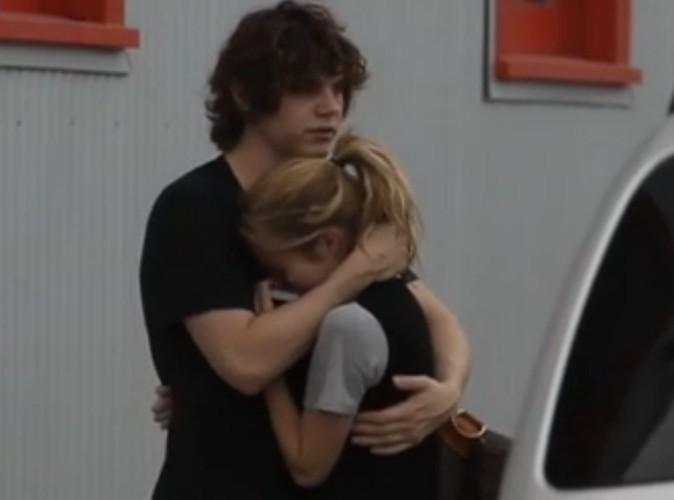 Vidéo : Emma Roberts : en larmes et en pleine détresse après la révélation de ses violences domestiques envers son boyfriend...