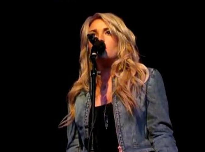 Vidéo : Jamie Lynn Spears : elle chante pour la première fois la ballade qu'elle a écrite pour sa grande soeur Britney !