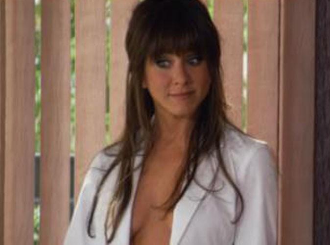 Vidéo : Jennifer Aniston carrément topless dans sa nouvelle comédie !