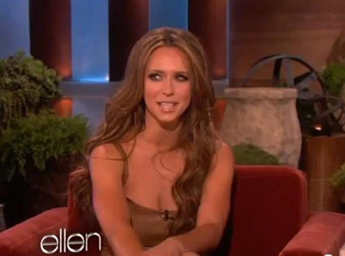 Vidéo : Jennifer Love Hewitt : elle craque sur le jeune célibataire, Adam Levine !