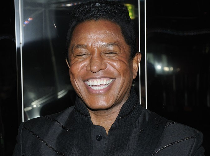 """Vidéo : Jermaine Jackson : il reprend le tube """"Blame It On The Boogie"""" des Jackson Five !"""
