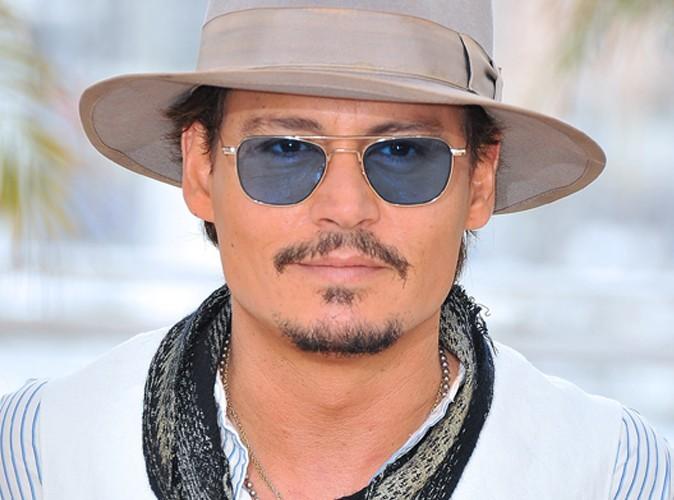 Vidéo : Johnny Depp ivre mort pour de vrai ?