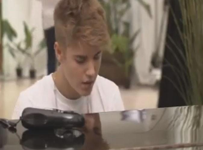 """Vidéo : Justin Bieber : quand la popstar s'attaque au mythique """"Let It Be"""" des Beatles ..."""
