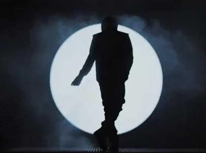 Vidéo : Justin Bieber : son clin d'oeil à Michael Jackson dans le clip de Boyfriend !