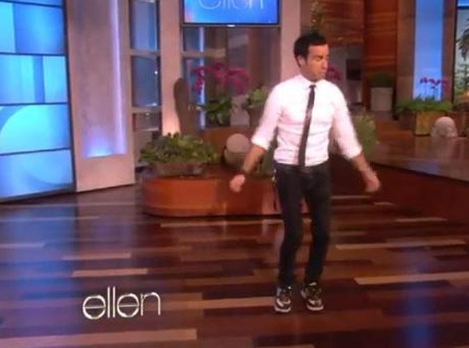 Vidéo : Justin Theroux : découvrez les talents de break dancer du chéri de Jennifer Aniston !