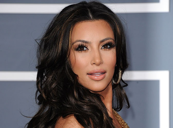 Video : Kim Kardashian : découvrez son premier single !