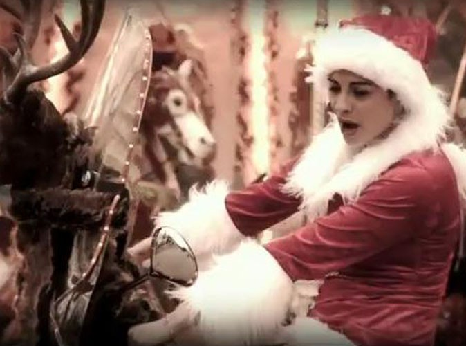 Vidéo : Maryvette Lair (X-Factor) : une Mère Noël so rock !
