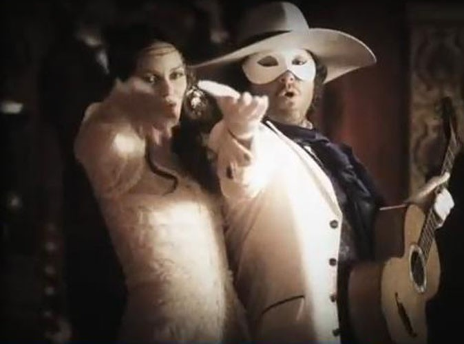 Vidéo : Vanessa Paradis et M se retrouvent dans le clip de La Seine !