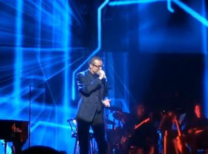 Vidéos : George Michael rend hommage à Amy Winehouse et reprend Rihanna !