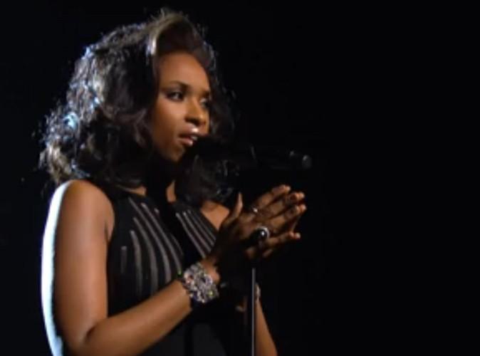 Vidéos : Grammy Awards 2012 : Jennifer Hudson et son hommage frissonnant à Whitney Houston !