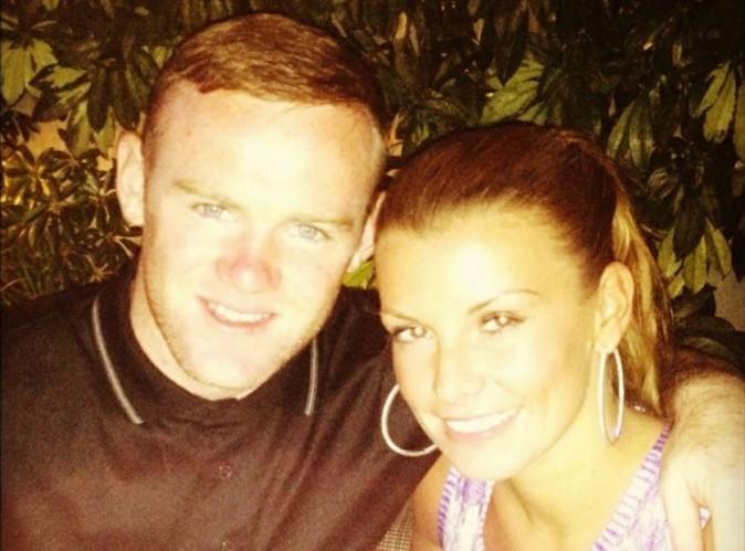 Wayne Rooney : après la défaite de l'Angleterre, il part se reposer avec sa femme !