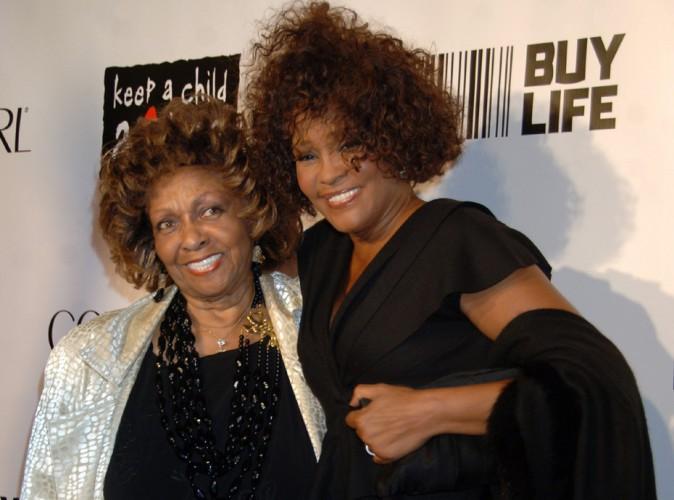 """Whitney Houston : sa maman tente d'interdire la sortie de son biopic, """"S'il vous plaît, laissez-la reposer en paix""""..."""