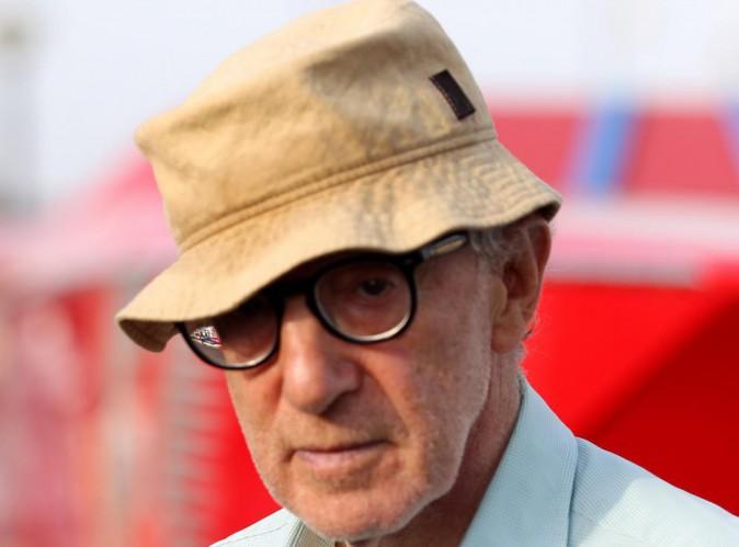 Woody Allen : accusé d'agression sexuelle, le réalisateur se fait humilier aux Golden Globes !