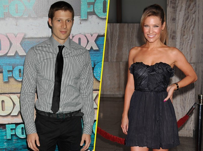 Zach Gilford (Friday Night Lights) a épousé Kiele Sanchez (Lost) !