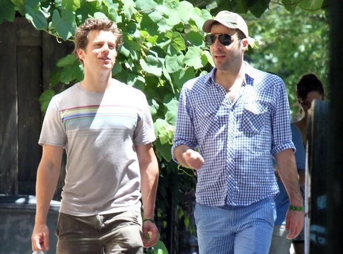Zachary Quinto : en couple avec Jonathan Groff de Glee !
