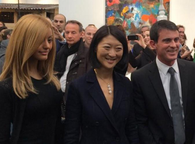 Zahia Dehar et Manuel Valls : duo des plus inattendus à la Foire Internationale d'Art Contemporain !