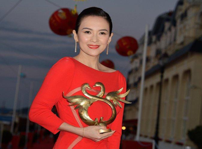 """Zhang Ziyi : La star chinoise de """"Tigre et Dragon"""" maman d'une petite fille !"""