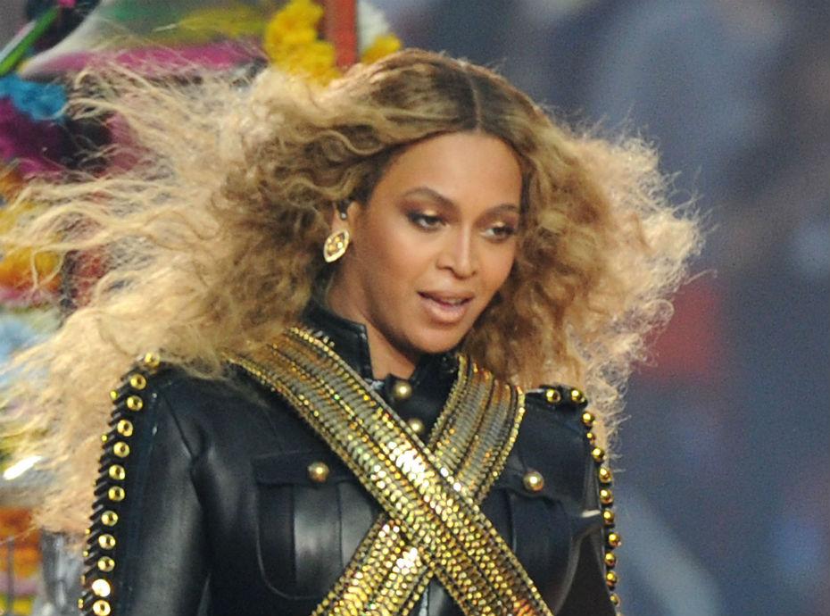 Surprise ! Beyoncé sort un remix de J. Balvin & Willy Williams'