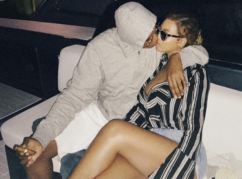 Beyoncé et Jay-Z : French kiss sur un yacht, le rappeur sort le grand jeu !